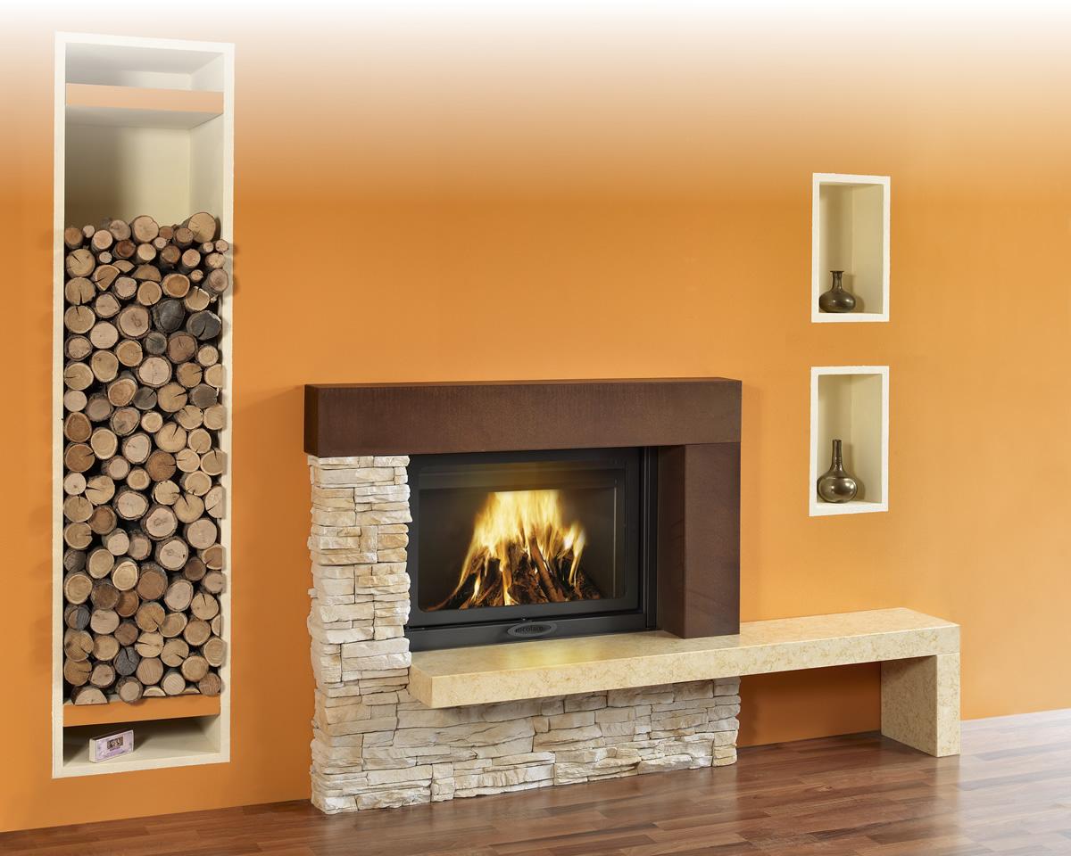 Caminetti Interni Prezzi : Rivestimenti il focolare la nuova dimensione del fuoco